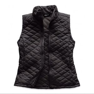New The North Face Thermoball Vest, Black Matte, M